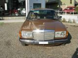 MERCEDES-BENZ 200 200    UNIPRO!!!!!